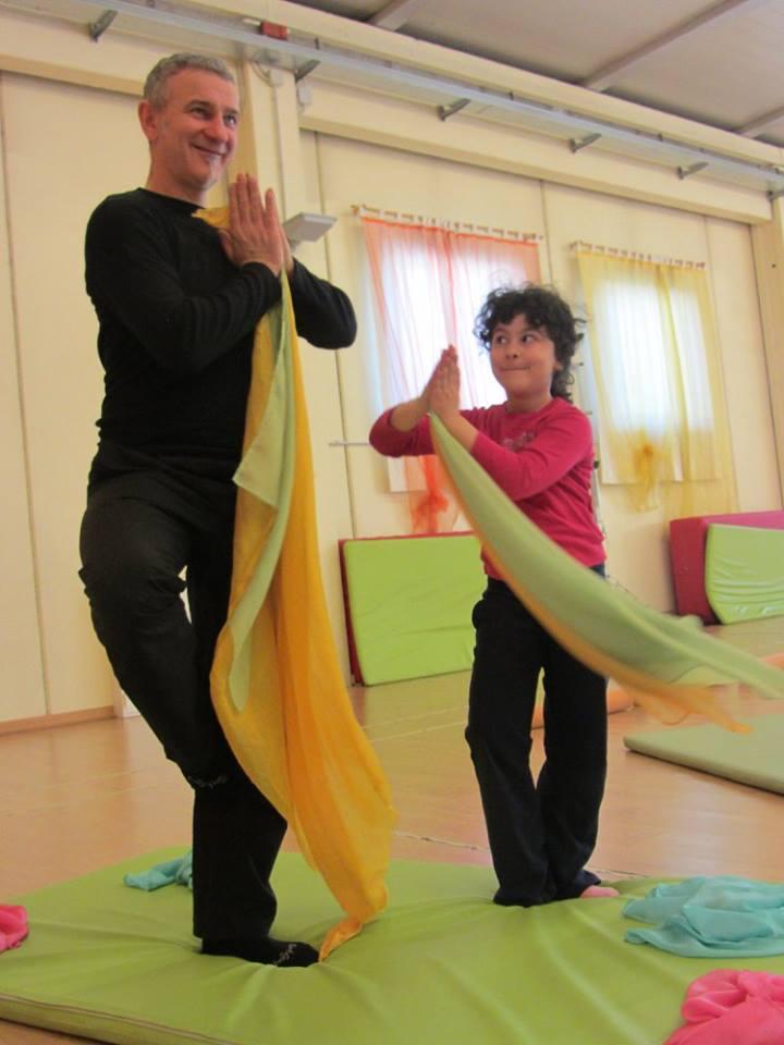 yoga family 3.jpg